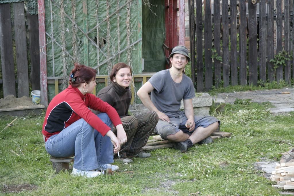 14. května 2005   Pauzička a naše  ozdoby :-).